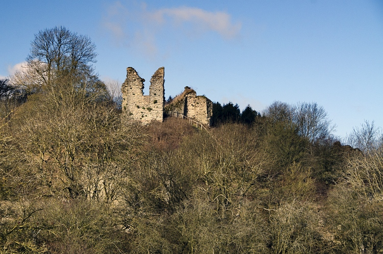 wigmore castle walls2
